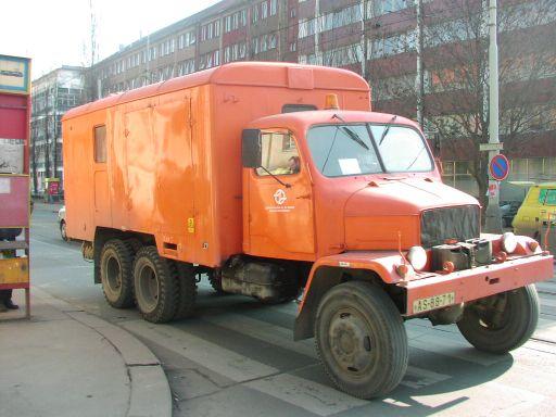 Praga V3S PAD